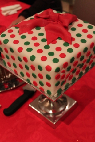 Christmas Gift Cake