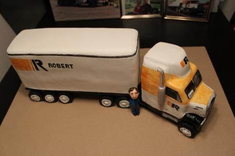 Robert Transport Cake